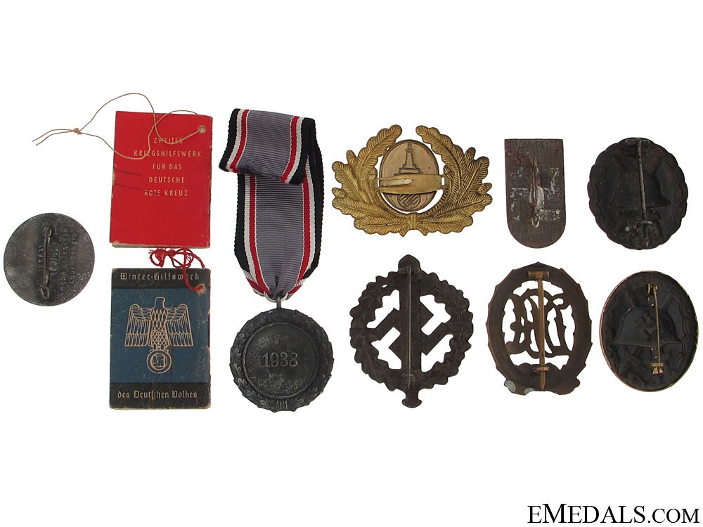 German Badges, Tinnies, & Insignia