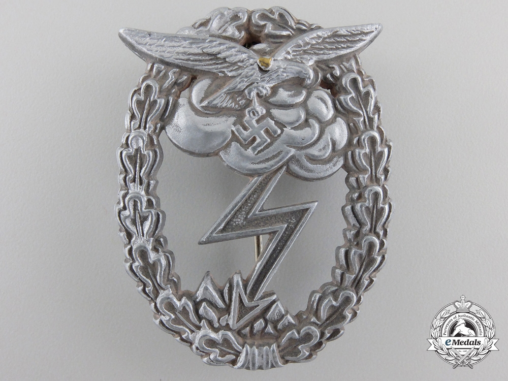 A Late WarGround Assault Badge