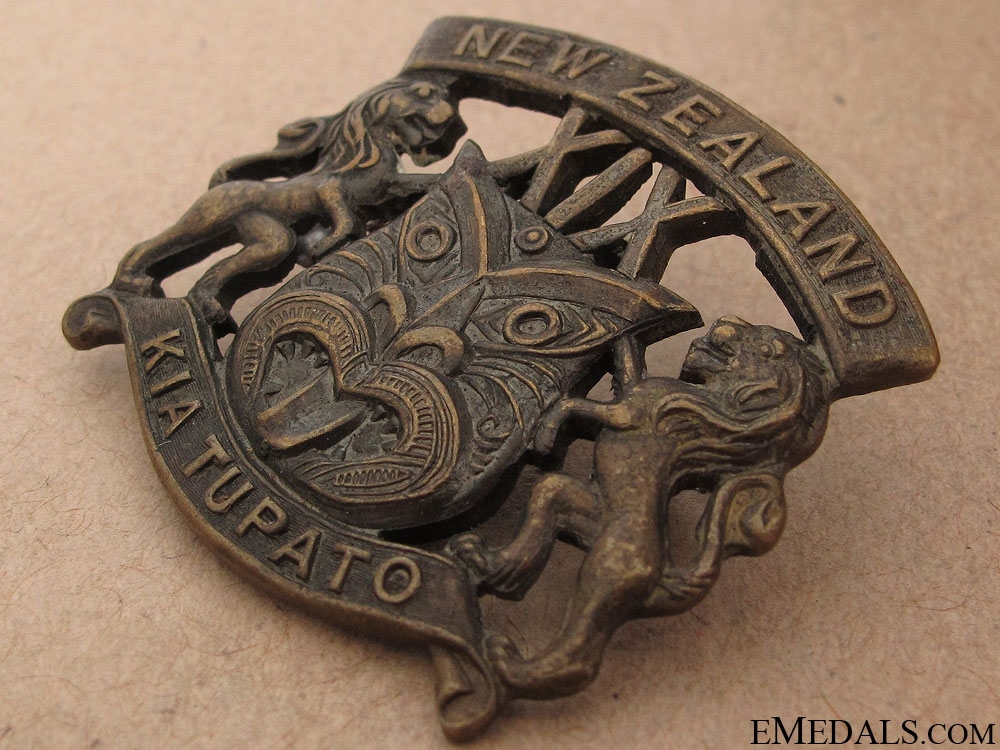 WWI New Zealand 19th Reinforcements Cap Badge