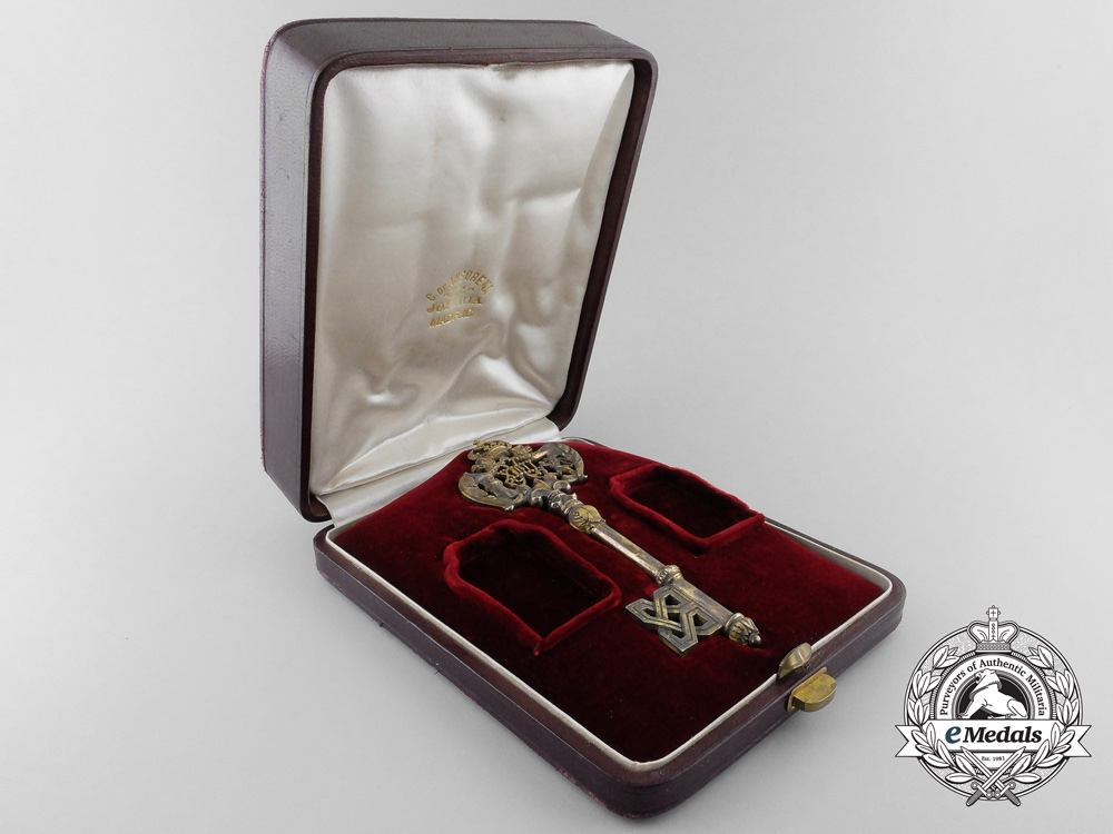 A King Alfonso XIII Court/Privy Chamber Key, Cased