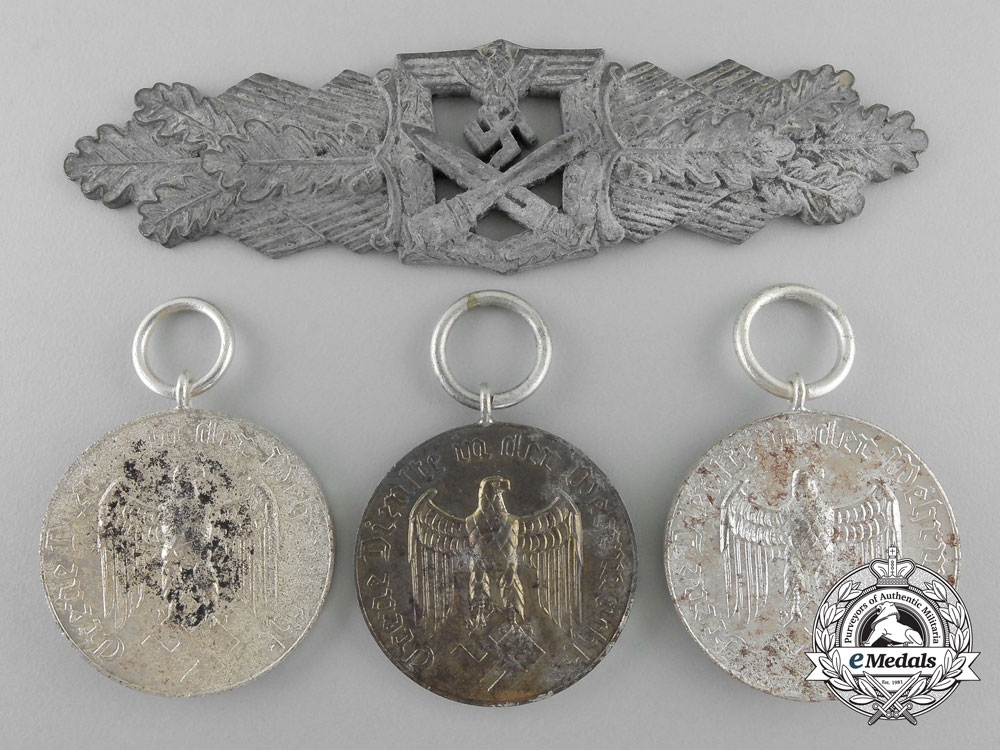 Germany, Third Reich. A Lot of Four Awards & Decorations