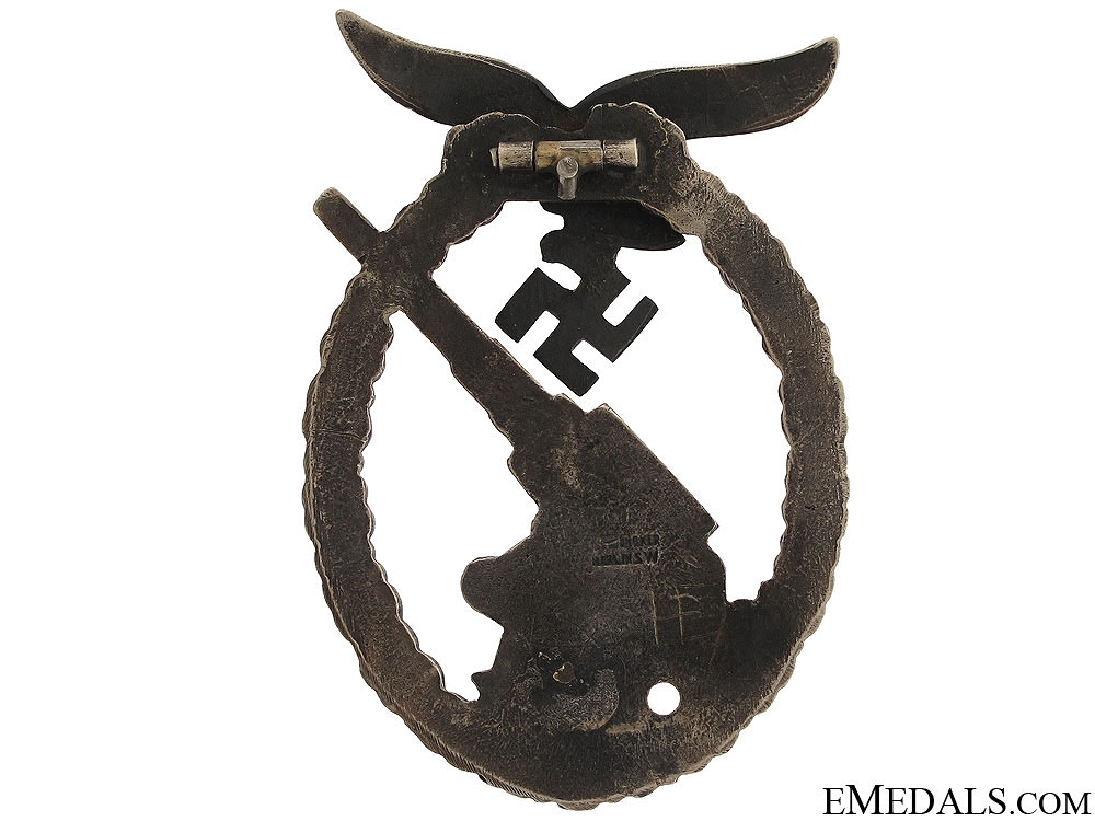 Luftwaffe Flak Badge by Juncker