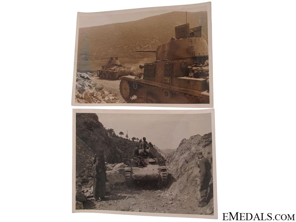 2 Photos - German Panzers in support of Fallschirmjäger Assault on Drvar