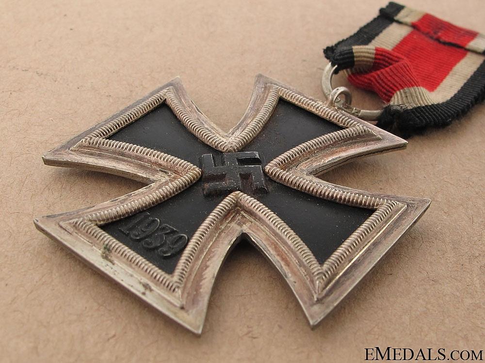 Iron Cross Second Class 1939 - 120