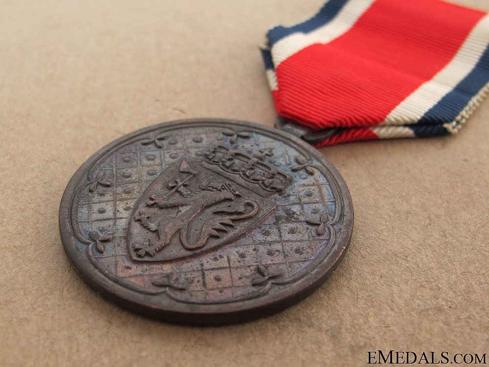 A Norwegian Korean War Service Medal 1951-54