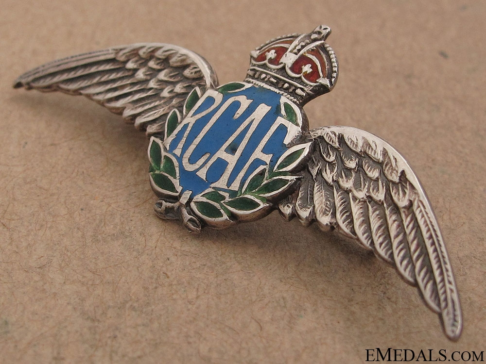 WWII RCAF Silver Pin