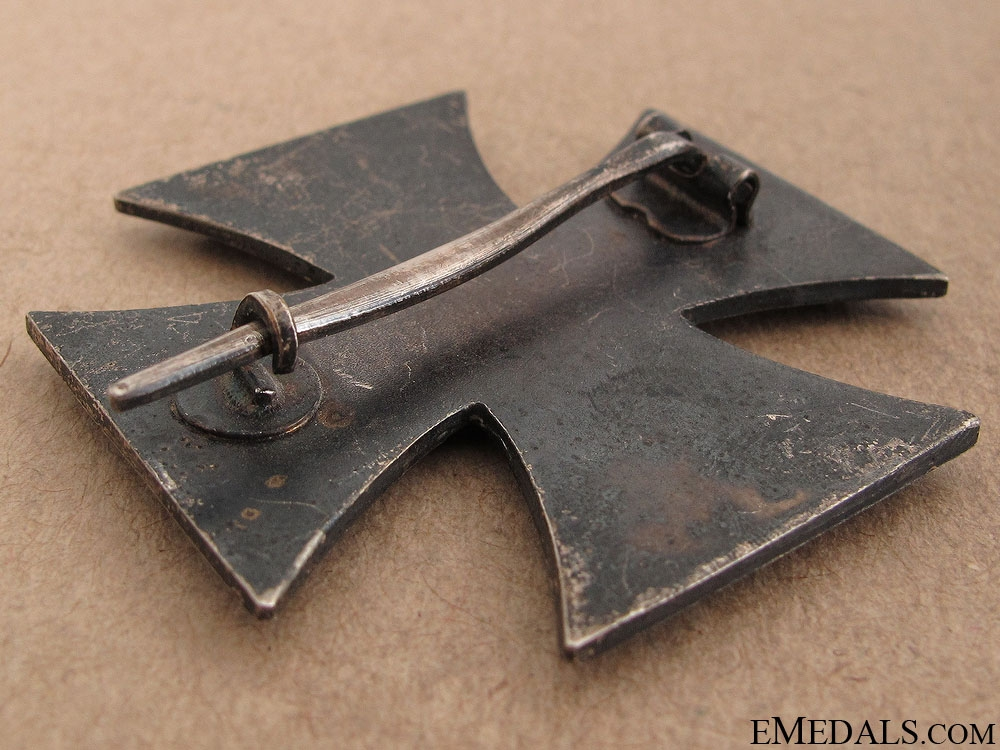 Iron Cross First Class 1939 - WWI Style Pin