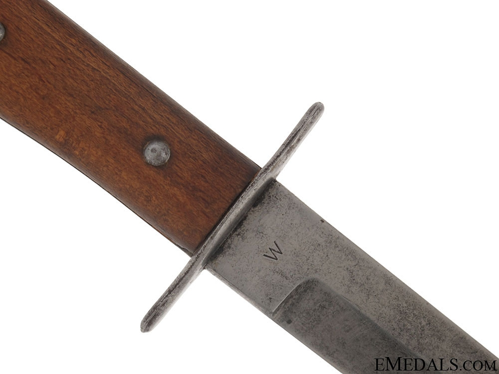 Close Combat Fighting Knife