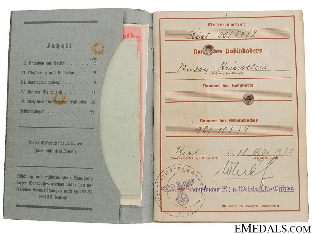 A Luftwaffe Wehrpass