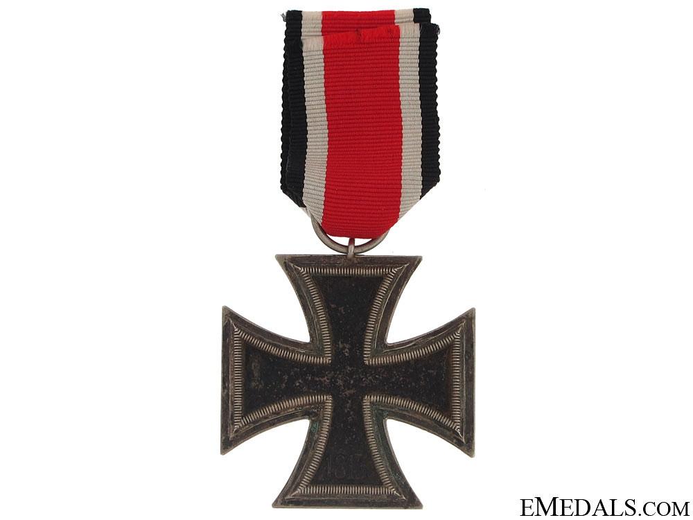 Iron Cross 2nd Class 1939 - Marked 27