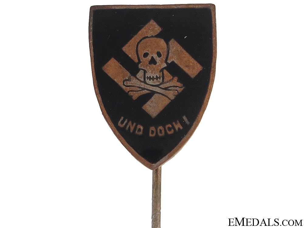 Totenkopf Pin