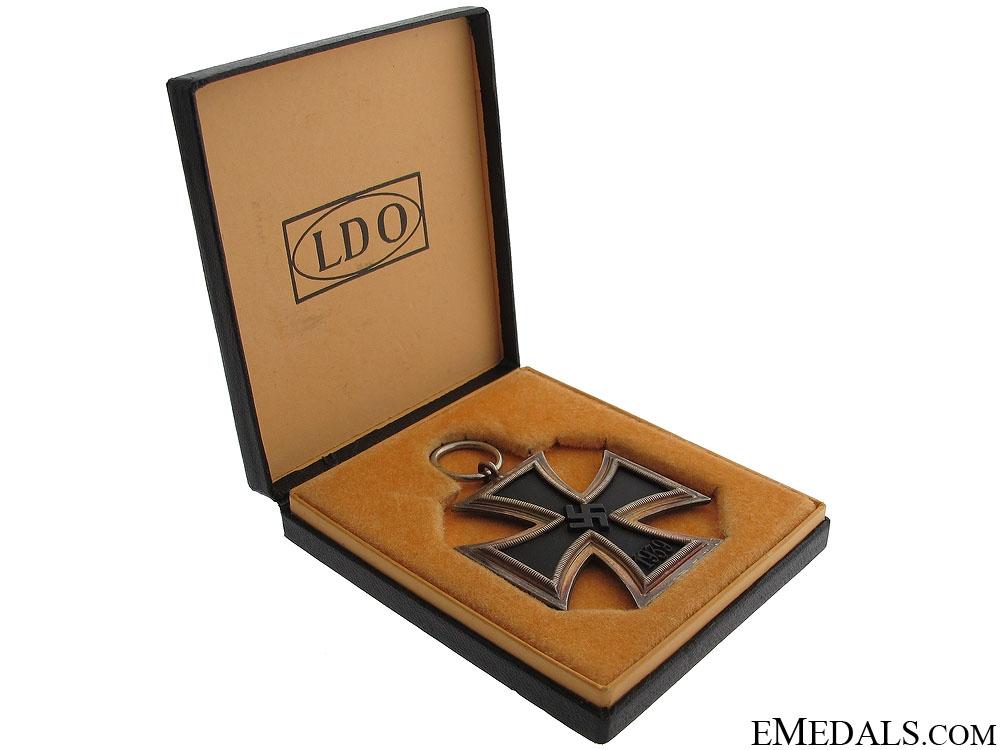 A Cased LDO Iron Cross Second Class 1939