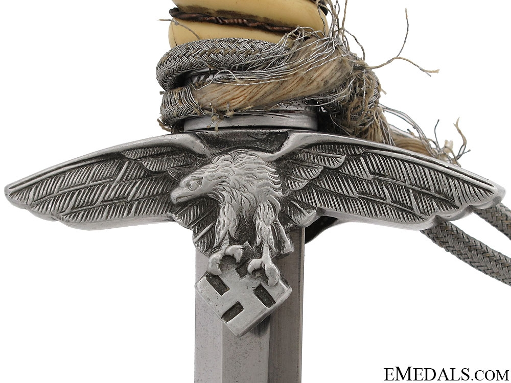 A 2nd Model Luftwaffe Dagger by Alcosa
