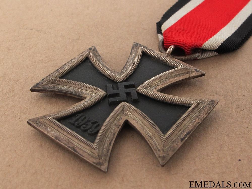 Iron Cross 2nd Class 1939 - Marked 93