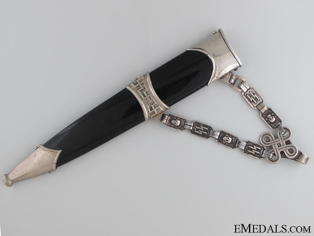 A Fine Chained SS 1936 Leader's Dagger