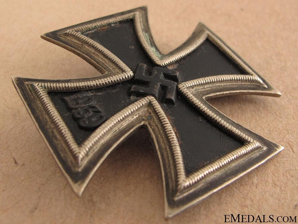 Iron Cross First Class 1939 - L/13