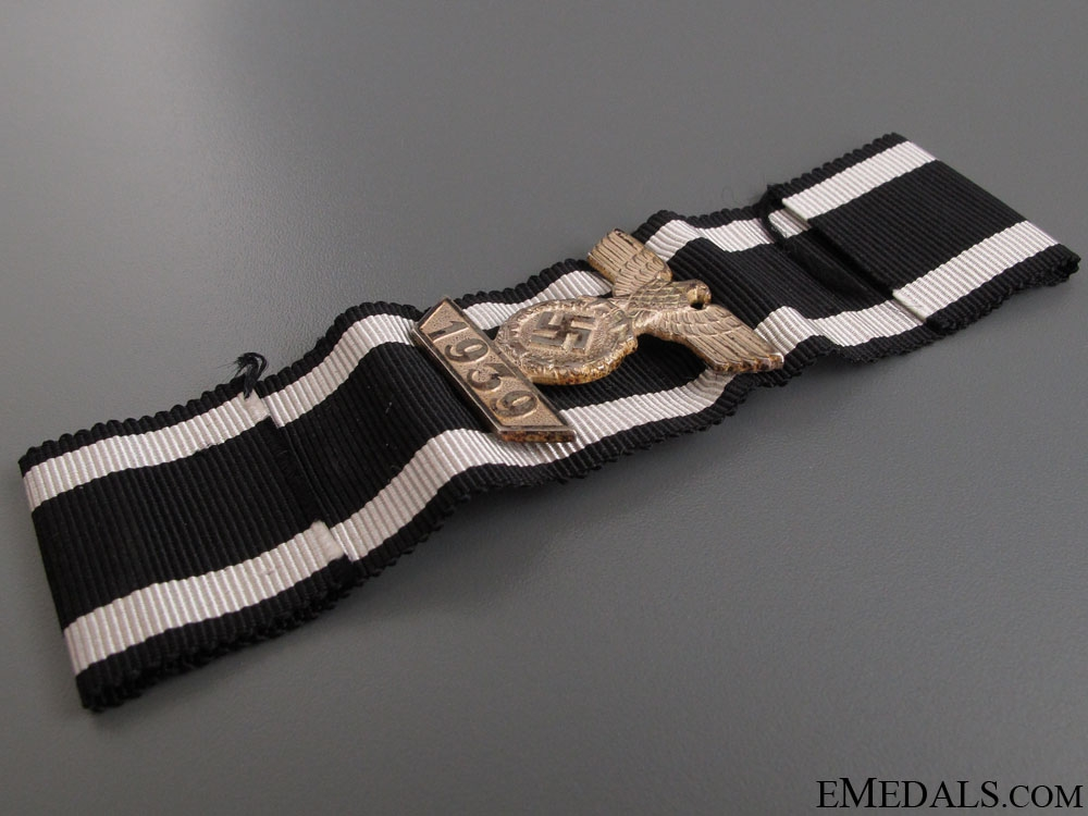 Clasp to Iron Cross Second Class - Cased