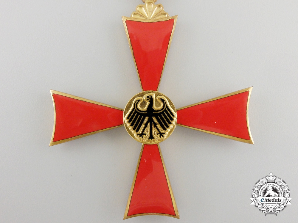 A German Federal Republic Order of Merit; Ladies Grand Cross