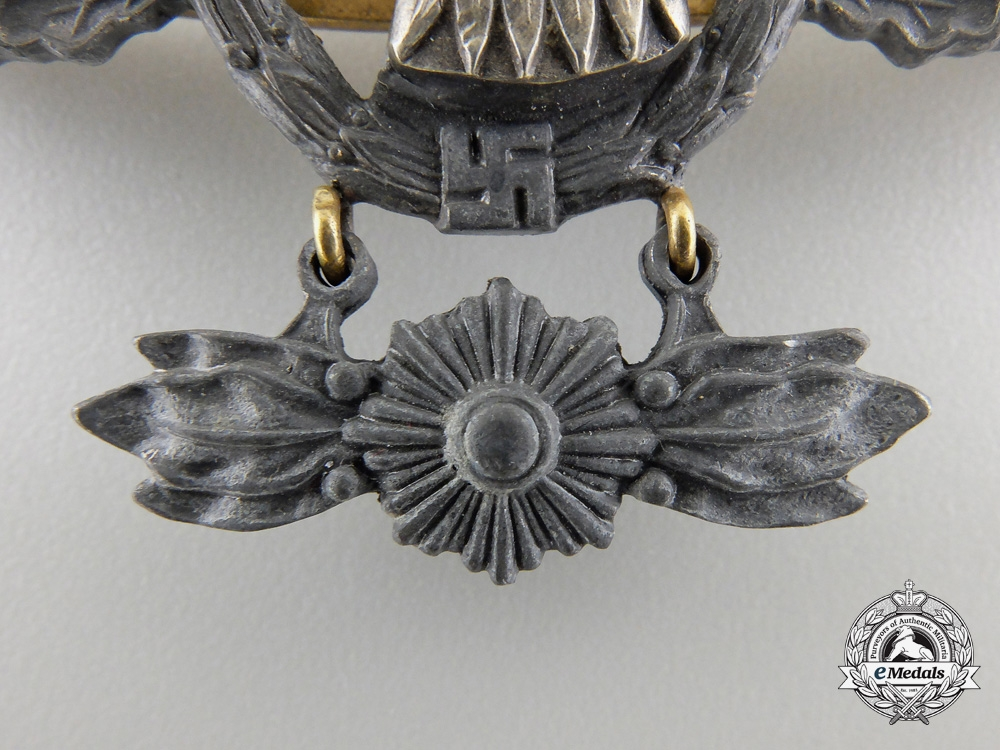 AReconnaissance Squadron Clasp, Gold Grade byBrüder Schneider Wien