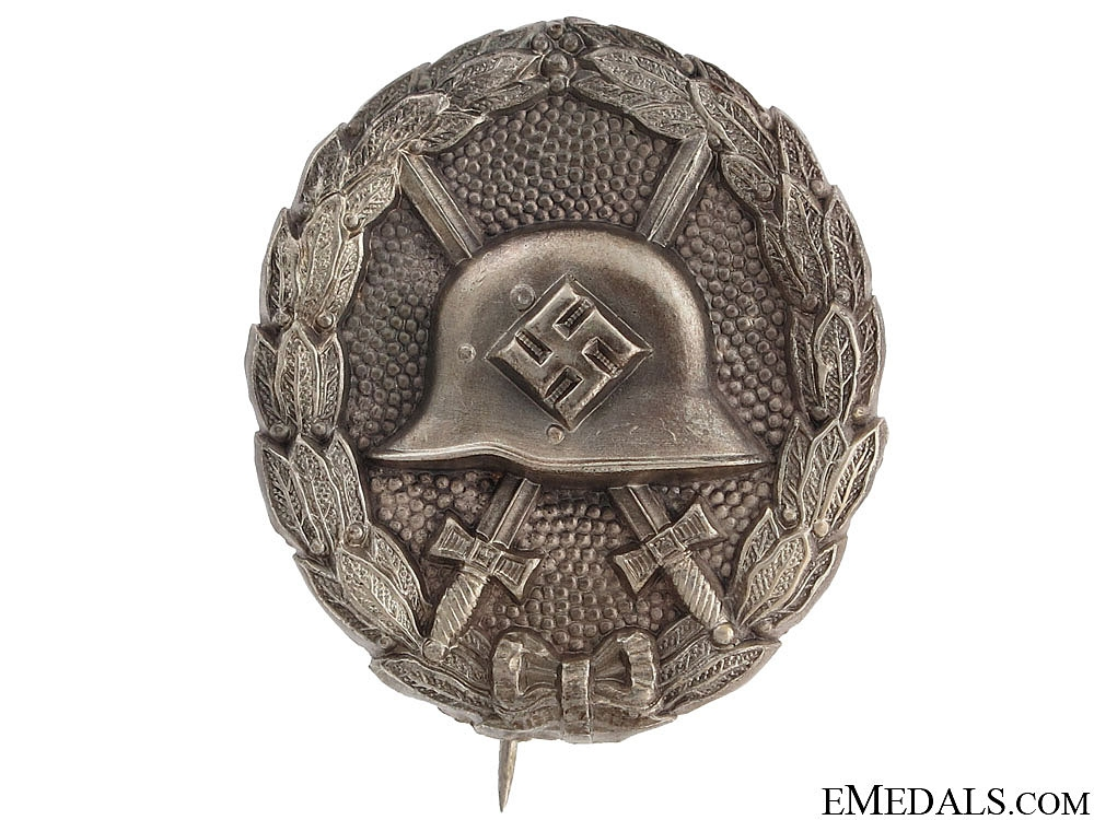 """Condor Legion"" Wound Badge"