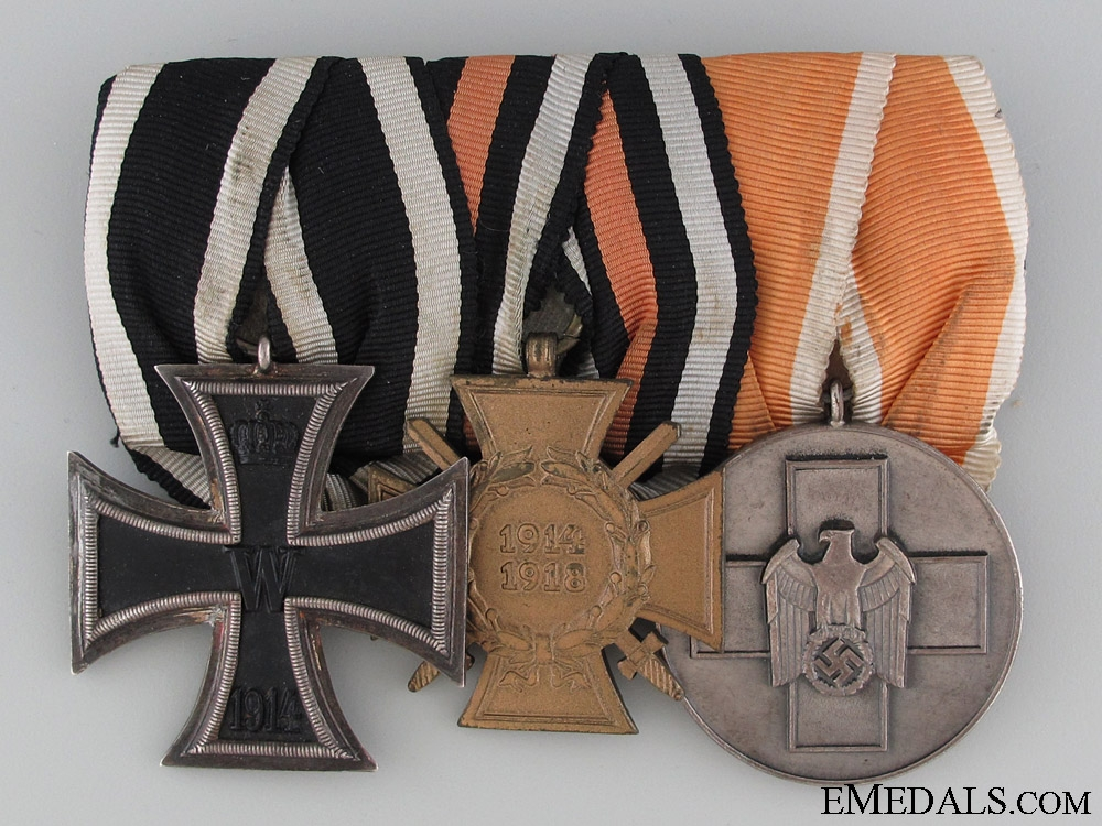 WWI and WWII Medal Bar