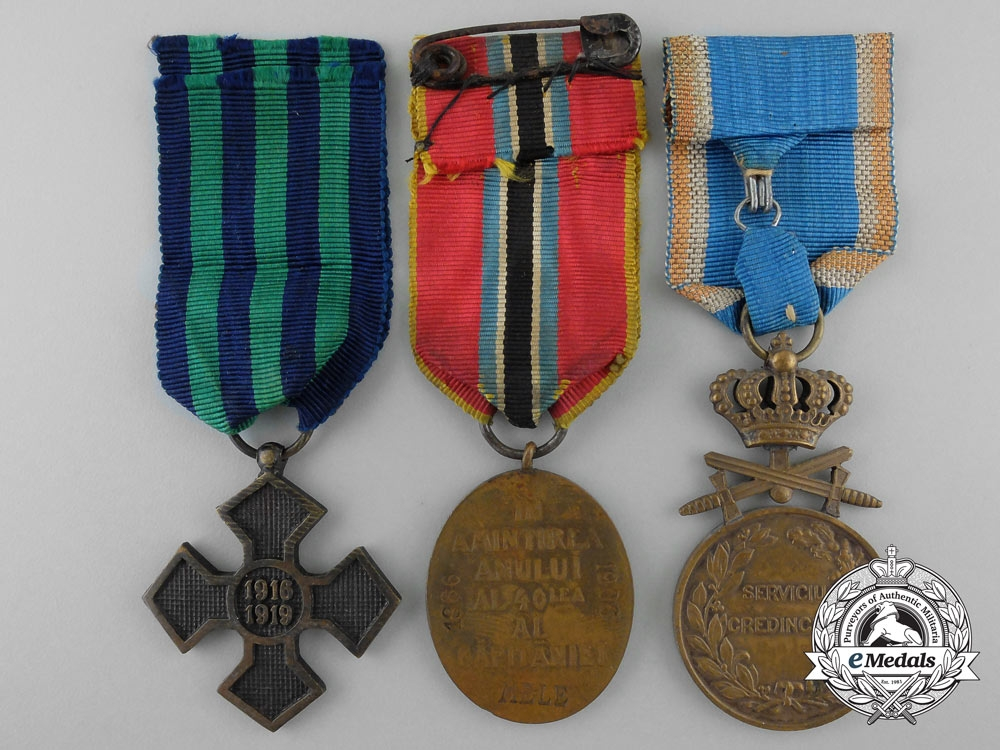Three romanian medal awards decorations for Awards decoration