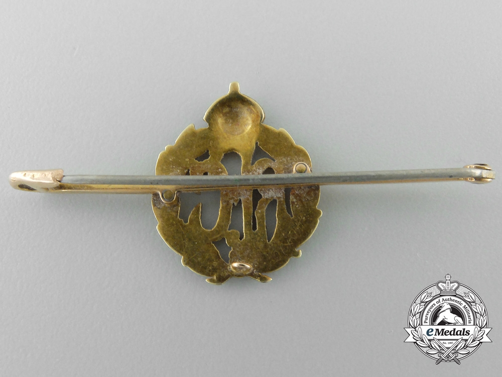 United Kingdom. A First War Royal Flying Corps Pin in Gold