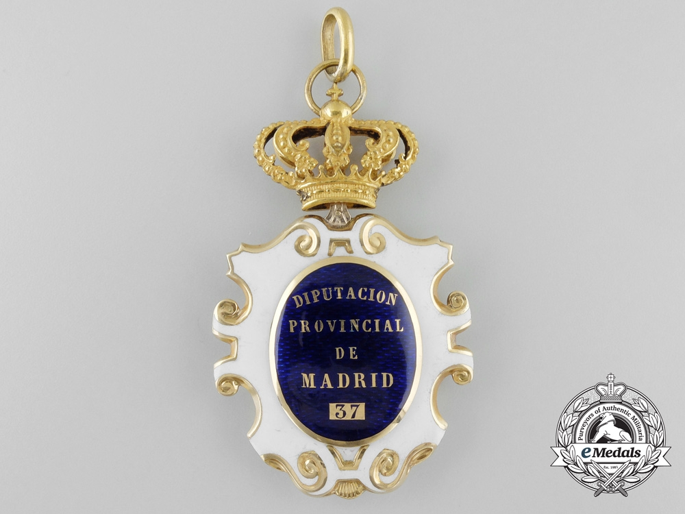 A Provincial Deputy's Badge of Madrid in Gold