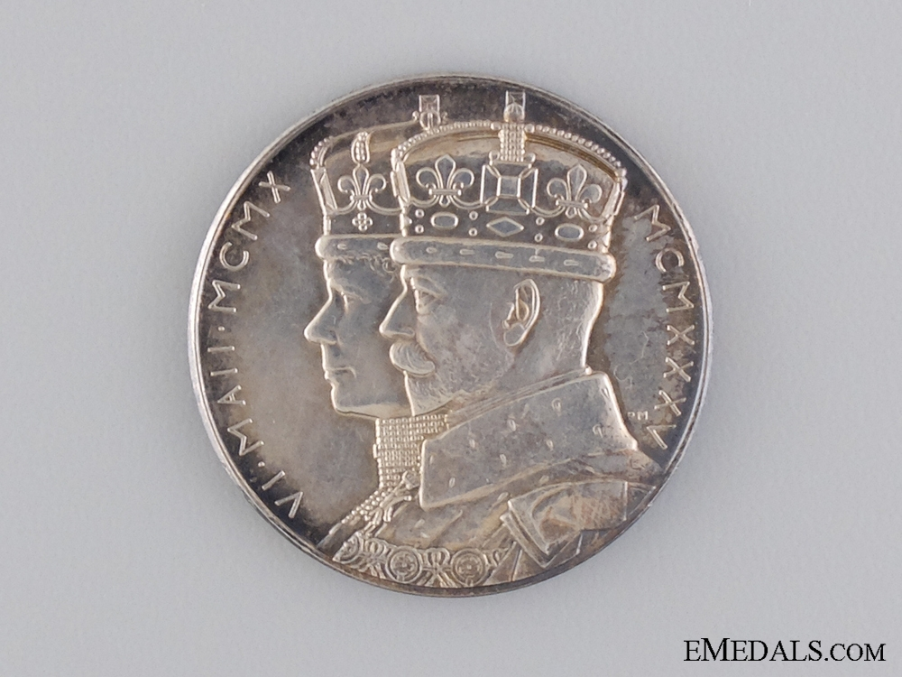 A 1910-1935 King George V and Queen Mary Silver Jubilee Commemorative Medal