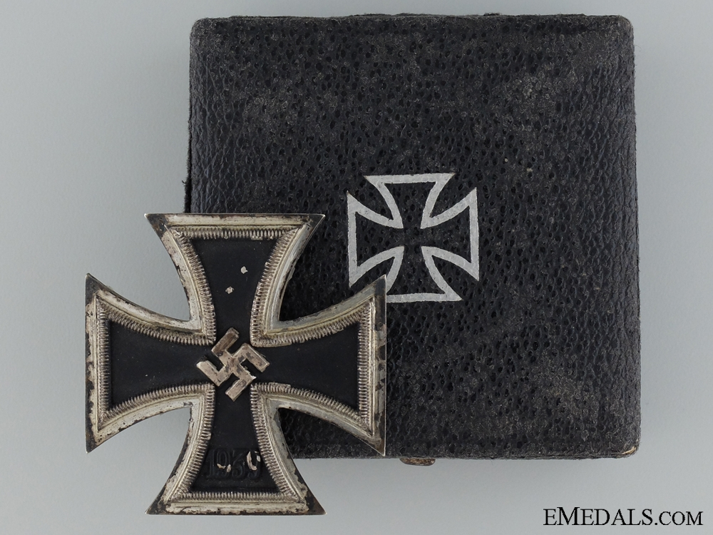 A 1939 First Class Iron Cross; Marked L54; Cased