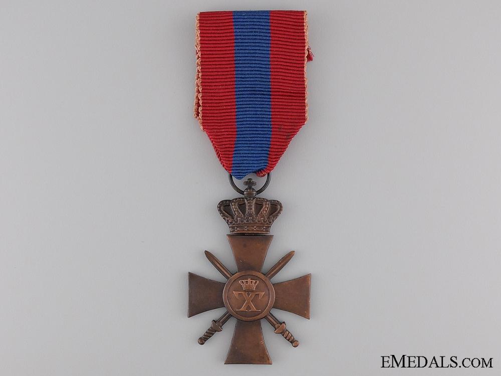 A 1940 Greek War Cross; 3rd Class
