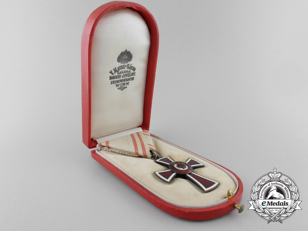An Austrian Red Cross Honour Decoration by V.Mayer & Sohne with Case