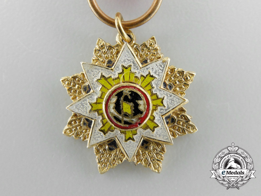 An 1928-1949 Chinese Miniature Order of the Resplendent Banner