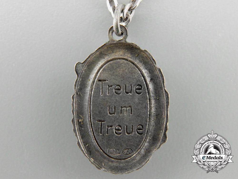 A Fallschirmjäger Loyalty Chain