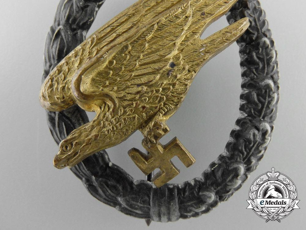 A Luftwaffe Fallschirmjäger Badge by C.E.Juncker; F Type