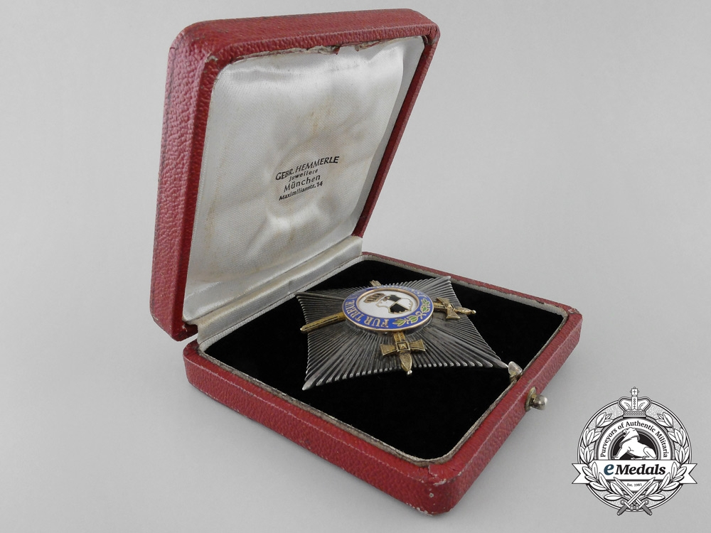 A House Order of Hohenzollern; Second Class Star with Swords