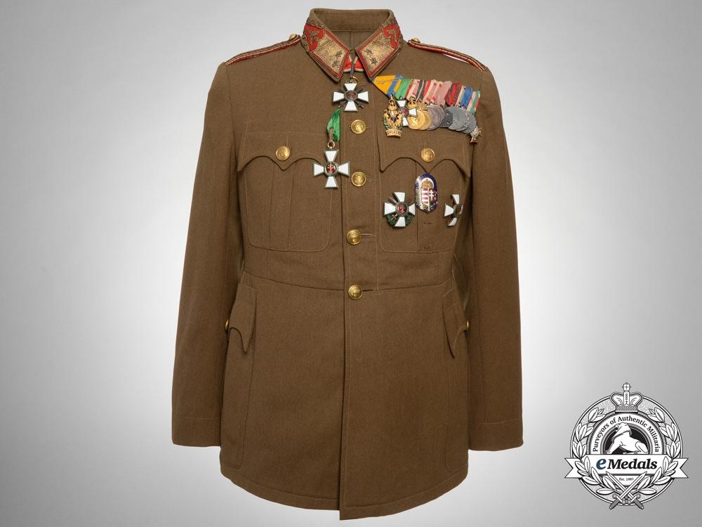 Uniform Awards 100