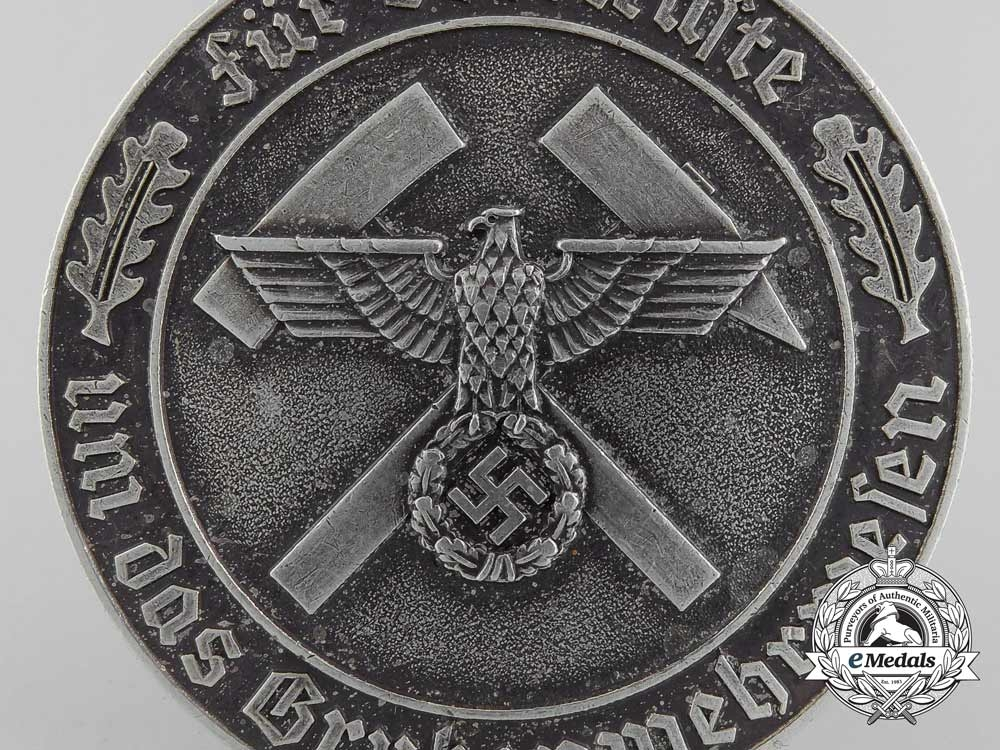 Germany, Wehrmacht. A Scarce Mine Rescue Service Decoration with Box of Issue