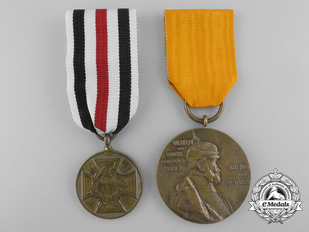 Two prussian medals and decorations for Awards and decoration