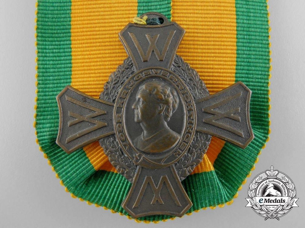 A Second War Dutch Commemorative War Cross; 2 Clasps