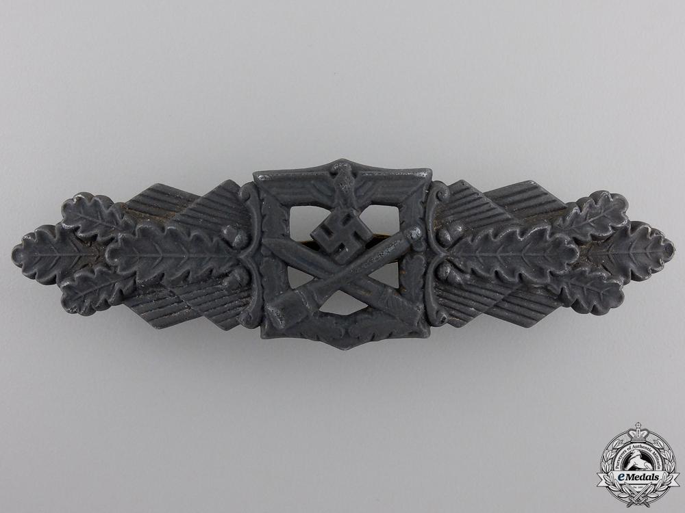 A Bronze Grade Close Combat Clasp by Friedrich Linden, Lüdenscheid