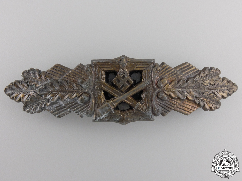 A Bronze Grade Close Combat Clasp by Funcke & Brüninghaus