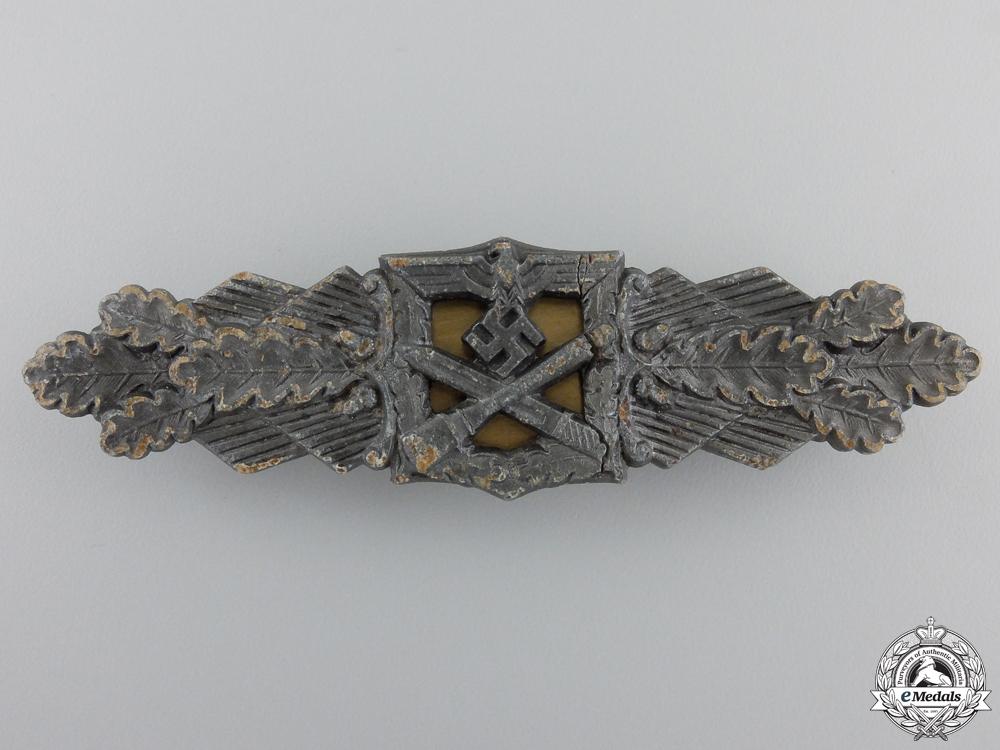 A Bronze Grade Close Combat Clasp by Friedrich Linden, Ldenscheid