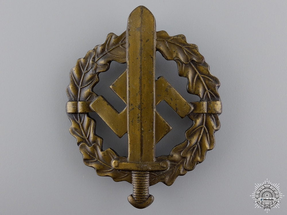A Bronze Grade Sports Badge by Fechler