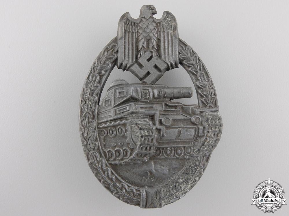A Bronze Grade Tank Assault Badge