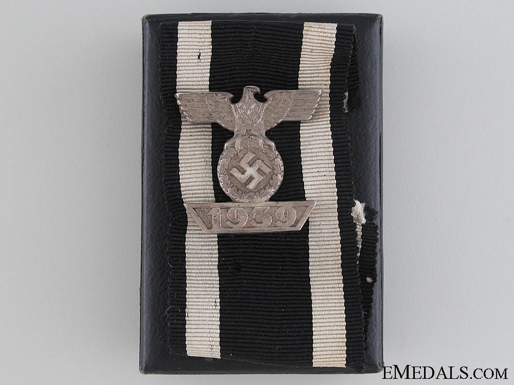 A Cased Clasp to Iron Cross 2nd Class by LDO