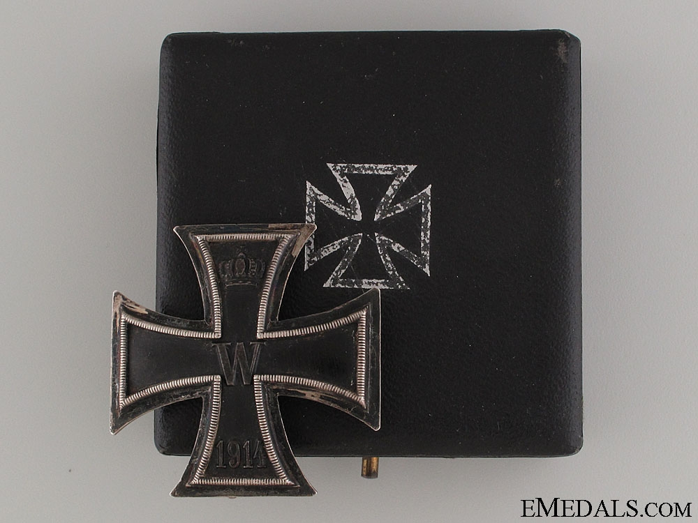 A Cased WWI Iron Cross First Class 1914; 800 Silver