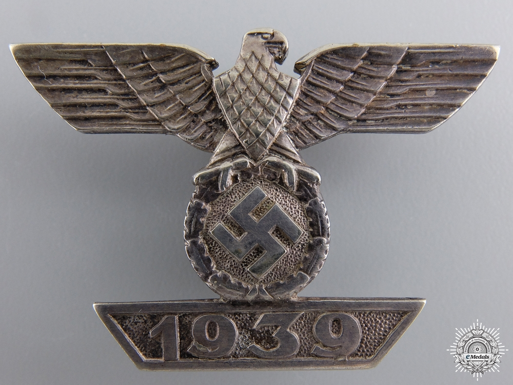 A Clasp to the Iron Cross First Class 1939 by Deumer