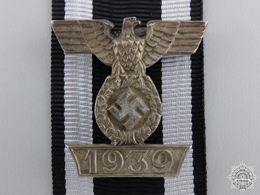 A Clasp to the Iron Cross 2nd Class 1939; Type I