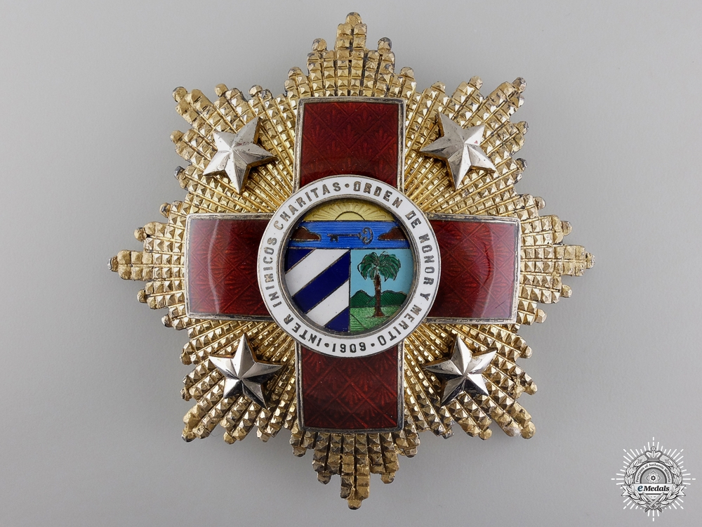 A Cuban Red Cross Order; First Class Breast Star